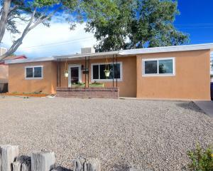 10600 NE Woodland Avenue NE, Albuquerque, NM 87112 (MLS #895100) :: Your Casa Team