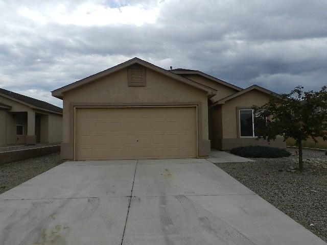 8 Avenida Jardin, Los Lunas, NM 87031 (MLS #899970) :: Rickert Property Group