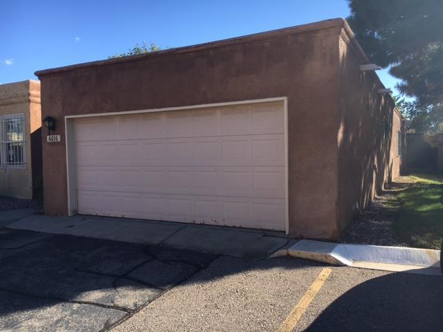 6016 Del Campo Place NE, Albuquerque, NM 87109 (MLS #903113) :: Campbell & Campbell Real Estate Services