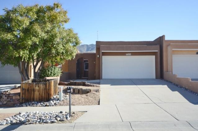 1514 Donette Place NE, Albuquerque, NM 87112 (MLS #904292) :: Rickert Property Group