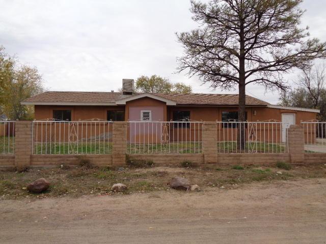 4959 Cedro Way SW, Los Lunas, NM 87031 (MLS #906182) :: Campbell & Campbell Real Estate Services