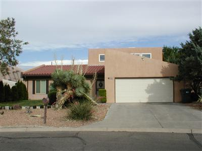 622 Lakeview Circle SE, Rio Rancho, NM 87124 (MLS #907277) :: Campbell & Campbell Real Estate Services