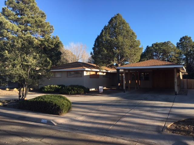 6400 Ponderosa Avenue NE, Albuquerque, NM 87110 (MLS #907452) :: Will Beecher at Keller Williams Realty