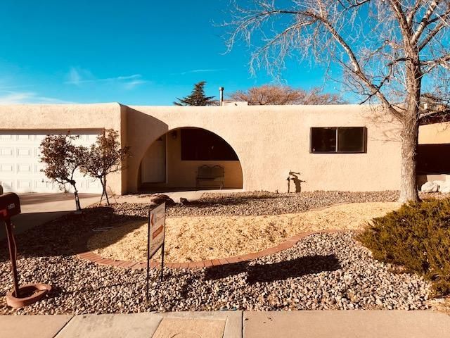 11605 Elwood Place NE, Albuquerque, NM 87112 (MLS #907669) :: Your Casa Team