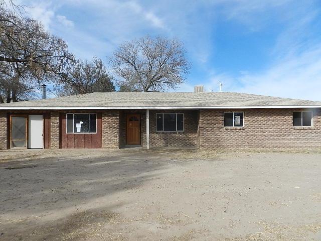 1608 Peyton Road, Los Lunas, NM 87031 (MLS #909324) :: Campbell & Campbell Real Estate Services