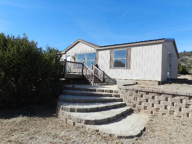 4 Chapel Lane, Tijeras, NM 87059 (MLS #909488) :: Campbell & Campbell Real Estate Services