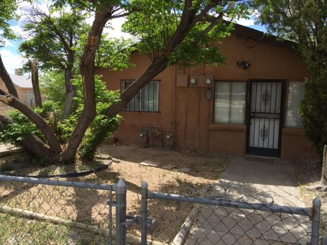 1119 Edith Boulevard NE, Albuquerque, NM 87102 (MLS #909502) :: Campbell & Campbell Real Estate Services