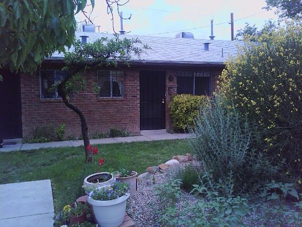 515 Valencia Drive SE #8, Albuquerque, NM 87108 (MLS #912215) :: Will Beecher at Keller Williams Realty