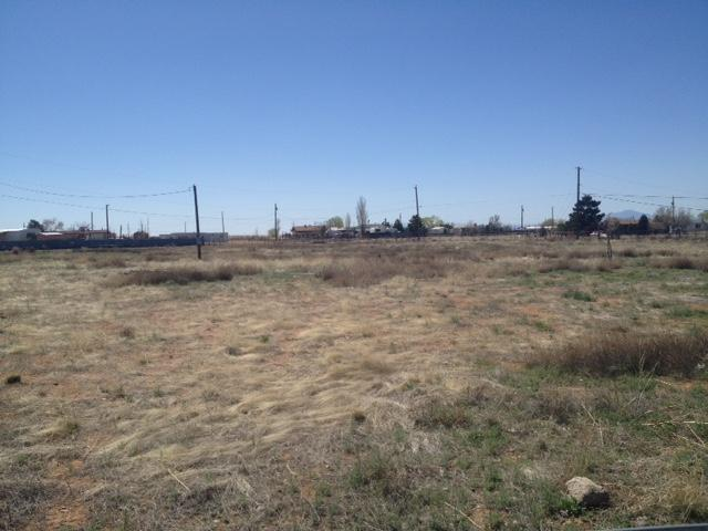 10 Sportsman Court, Los Lunas, NM 87031 (MLS #912388) :: Campbell & Campbell Real Estate Services