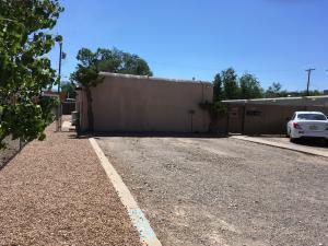 420 Kentucky Street SE, Albuquerque, NM 87108 (MLS #912519) :: Will Beecher at Keller Williams Realty