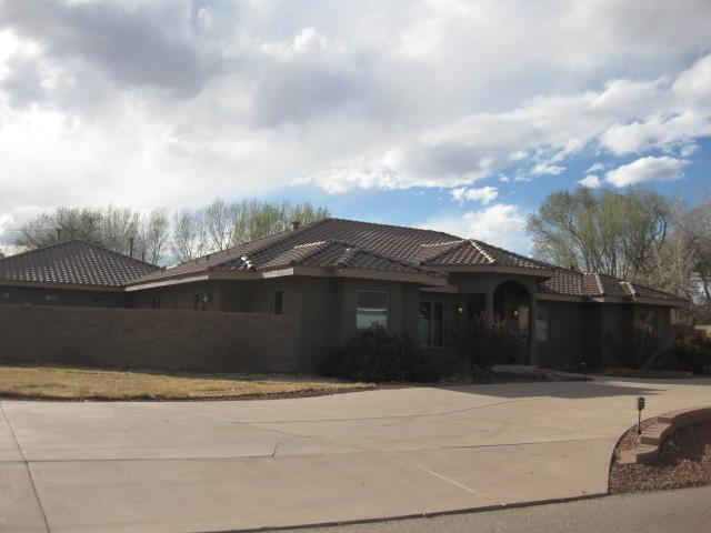 245 Bazan Loop, Corrales, NM 87048 (MLS #915482) :: Campbell & Campbell Real Estate Services