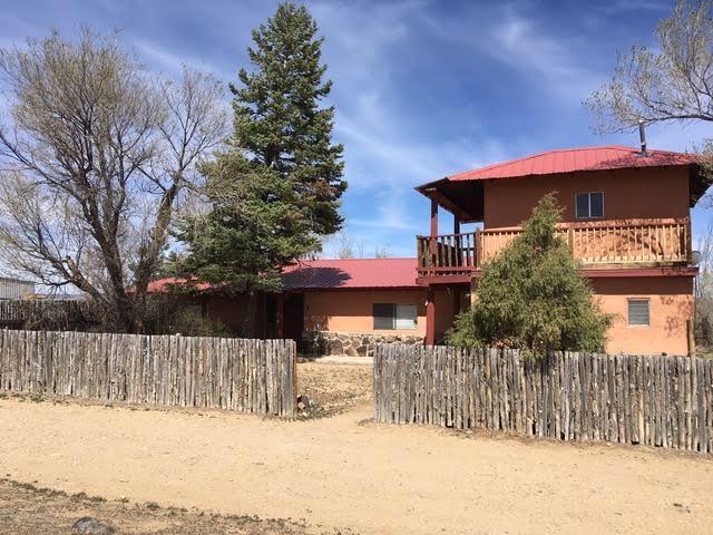 243 Cuchilla Road, Ranchos de Taos, NM 87557 (MLS #916034) :: Campbell & Campbell Real Estate Services