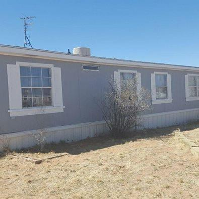 47 Holiday Drive, Los Lunas, NM 87031 (MLS #917914) :: Campbell & Campbell Real Estate Services