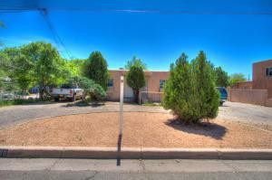 226 Hendrix Road NW, Albuquerque, NM 87107 (MLS #919800) :: Campbell & Campbell Real Estate Services