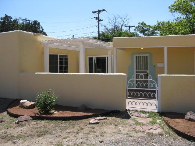903 Washington Street SE, Albuquerque, NM 87108 (MLS #920132) :: Campbell & Campbell Real Estate Services