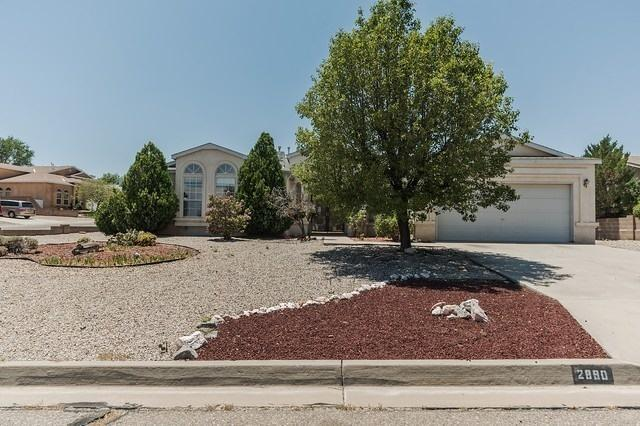 2890 Cripple Creek Drive SE, Rio Rancho, NM 87124 (MLS #925113) :: The Bigelow Team / Realty One of New Mexico