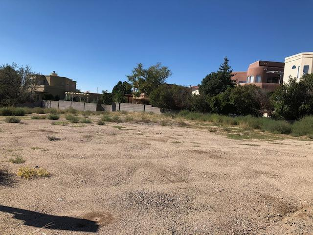 13909 Lomas Blvd Boulevard NE, Albuquerque, NM 87112 (MLS #929630) :: The Bigelow Team / Realty One of New Mexico