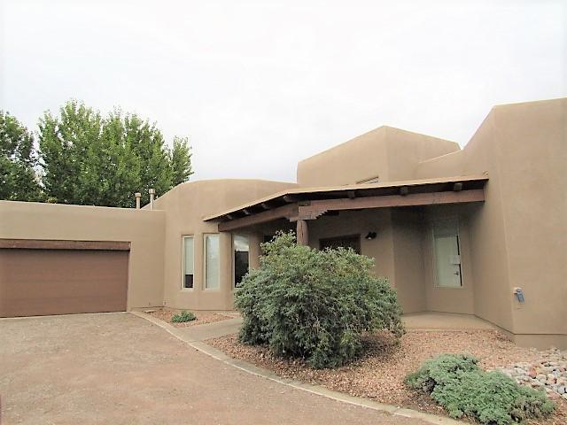 810 Paseo De Las Golondrinas, Bernalillo, NM 87004 (MLS #931413) :: Campbell & Campbell Real Estate Services