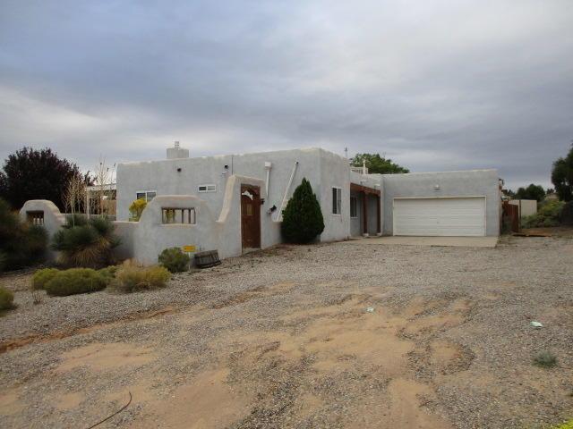 5810 Carson Road NE, Rio Rancho, NM 87144 (MLS #933829) :: Campbell & Campbell Real Estate Services