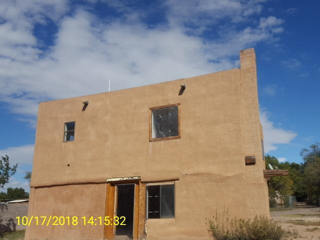 2309 Perry Road SW, Albuquerque, NM 87105 (MLS #934328) :: The Stratmoen & Mesch Team