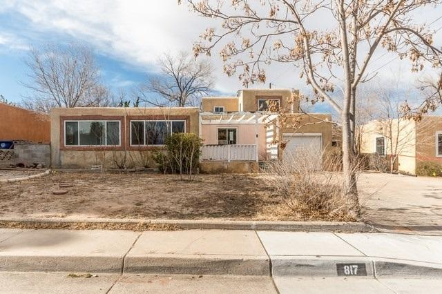 817 Lafayette Drive NE, Albuquerque, NM 87106 (MLS #934980) :: Campbell & Campbell Real Estate Services
