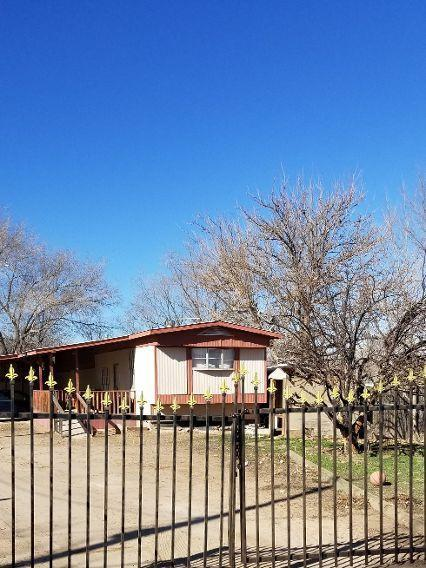 745 1St Street, Belen, NM 87002 (MLS #936714) :: Campbell & Campbell Real Estate Services