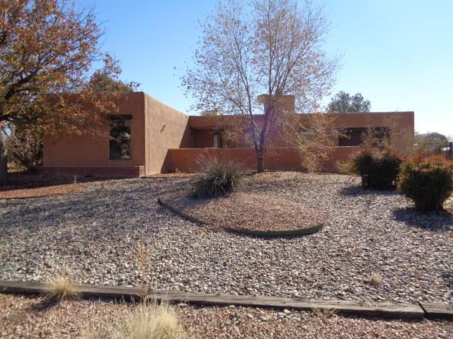 345 Gorman Avenue, Belen, NM 87002 (MLS #937607) :: Campbell & Campbell Real Estate Services