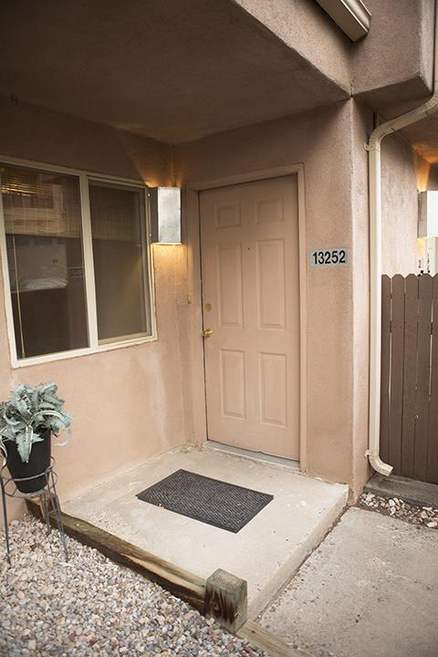 13252 Candelaria Road NE, Albuquerque, NM 87112 (MLS #937939) :: The Bigelow Team / Realty One of New Mexico