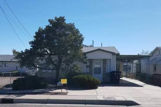 542 Aztec Road NW, Albuquerque, NM 87107 (MLS #939875) :: Silesha & Company
