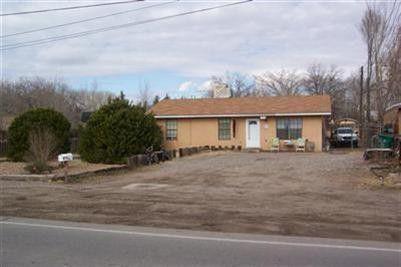 913 El Pueblo Road NW, Los Ranchos, NM 87114 (MLS #942093) :: The Bigelow Team / Realty One of New Mexico