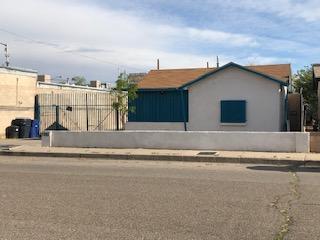 115 La Poblana Road NW, Albuquerque, NM 87107 (MLS #942324) :: Silesha & Company