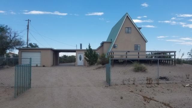 1107 Skyline Drive, Elephant Butte, NM 87935 (MLS #948494) :: Silesha & Company