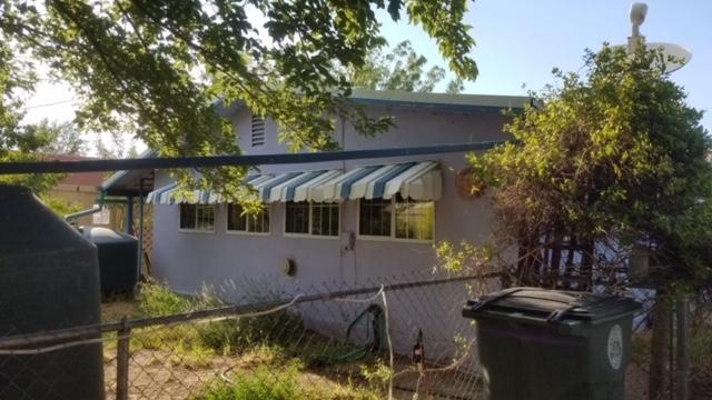1110 Riverside, Truth or Consequences, NM 87901 (MLS #948553) :: Silesha & Company