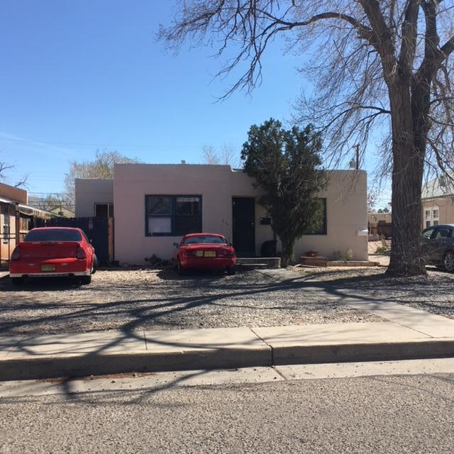 214 Princeton Drive SE, Albuquerque, NM 87106 (MLS #950507) :: The Bigelow Team / Red Fox Realty