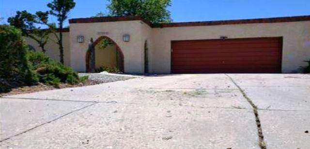10217 Keeping Drive NW, Albuquerque, NM 87114 (MLS #951570) :: Campbell & Campbell Real Estate Services