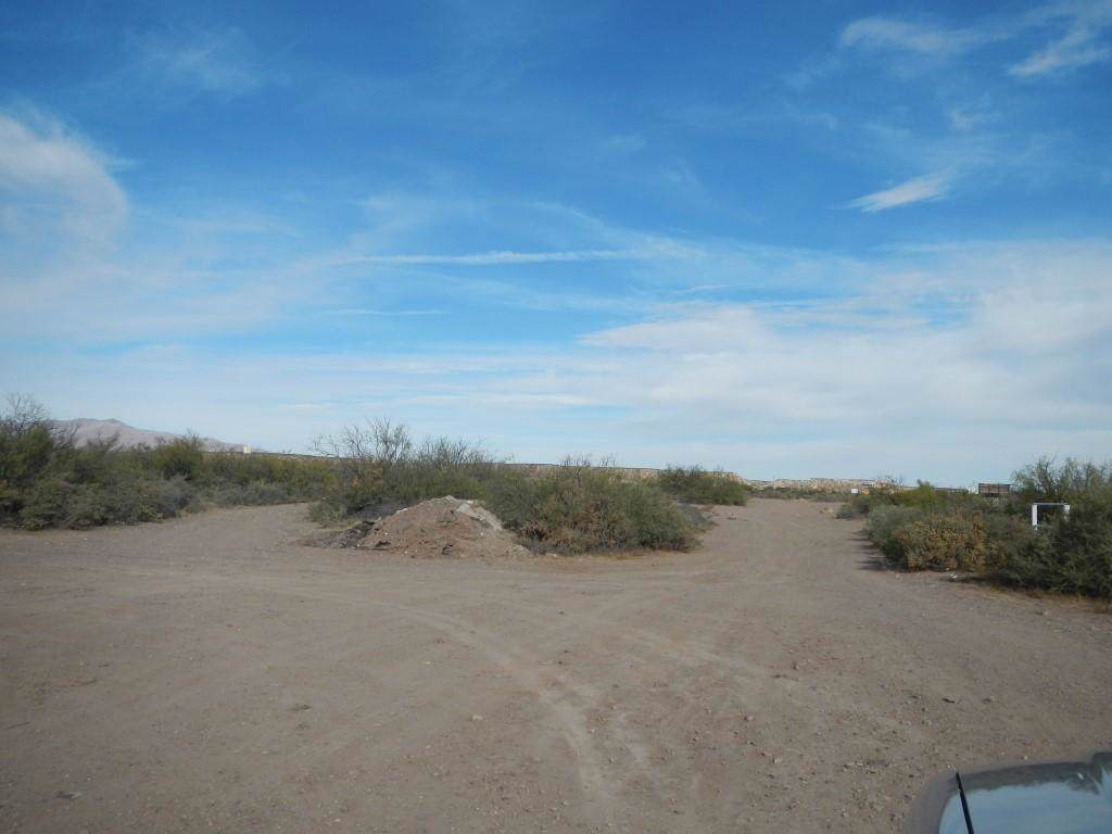 Camino Real/Frontage Rd. 24 Ac - Photo 1