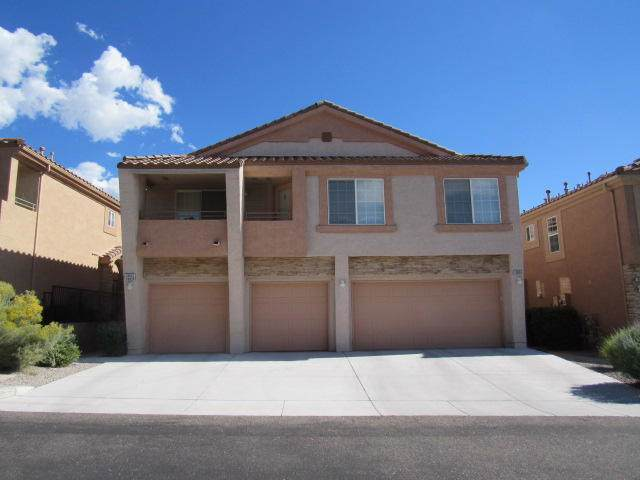 10932 Hanalei Avenue NE, Albuquerque, NM 87111 (MLS #955788) :: Campbell & Campbell Real Estate Services