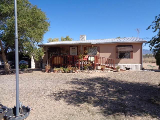 5 Baca Grande Road, Los Lunas, NM 87031 (MLS #956095) :: Campbell & Campbell Real Estate Services
