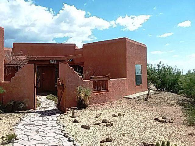 165 Rock Cliff Road, La Luz, NM 88337 (MLS #956256) :: Campbell & Campbell Real Estate Services