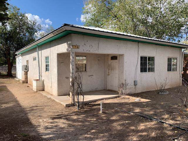 6623 Broadway Boulevard NE, Albuquerque, NM 87107 (MLS #956383) :: Campbell & Campbell Real Estate Services