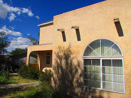 915 Kinley Avenue NW, Albuquerque, NM 87104 (MLS #956618) :: Campbell & Campbell Real Estate Services