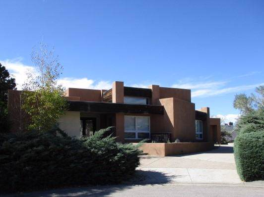 5027 Larchmont Drive NE, Albuquerque, NM 87111 (MLS #957338) :: Campbell & Campbell Real Estate Services