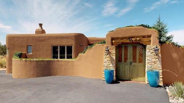 99 Juniper Hill Road NE, Albuquerque, NM 87122 (MLS #958099) :: Campbell & Campbell Real Estate Services