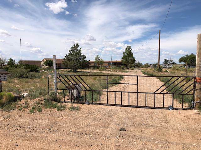 6 Garcia Road, Belen, NM 87002 (MLS #958934) :: Campbell & Campbell Real Estate Services