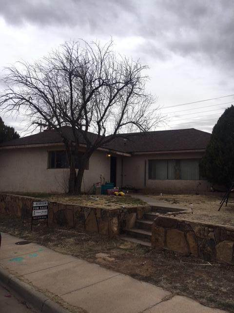 609 S 3rd Street, Santa Rosa, NM 88435 (MLS #964708) :: The Buchman Group
