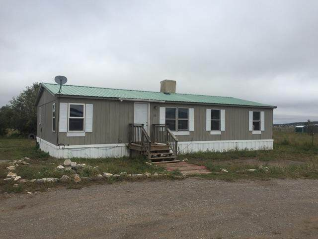 10 Navarro Road, Edgewood, NM 87015 (MLS #971500) :: Campbell & Campbell Real Estate Services