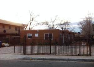 325 Tennessee Street NE, Albuquerque, NM 87108 (MLS #976963) :: The Bigelow Team / Red Fox Realty