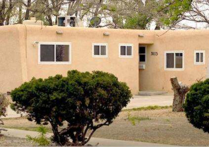 3113 Betts Street Drive NE, Albuquerque, NM 87111 (MLS #976978) :: Berkshire Hathaway HomeServices Santa Fe Real Estate