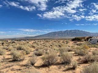 Lot 5, Santa Ana Road NE, Rio Rancho, NM 87144 (MLS #981306) :: Sandi Pressley Team