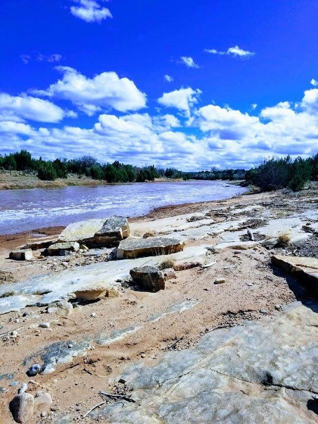 23 Cherokee Drive, Tecolotito, NM 87701 (MLS #981498) :: The Buchman Group